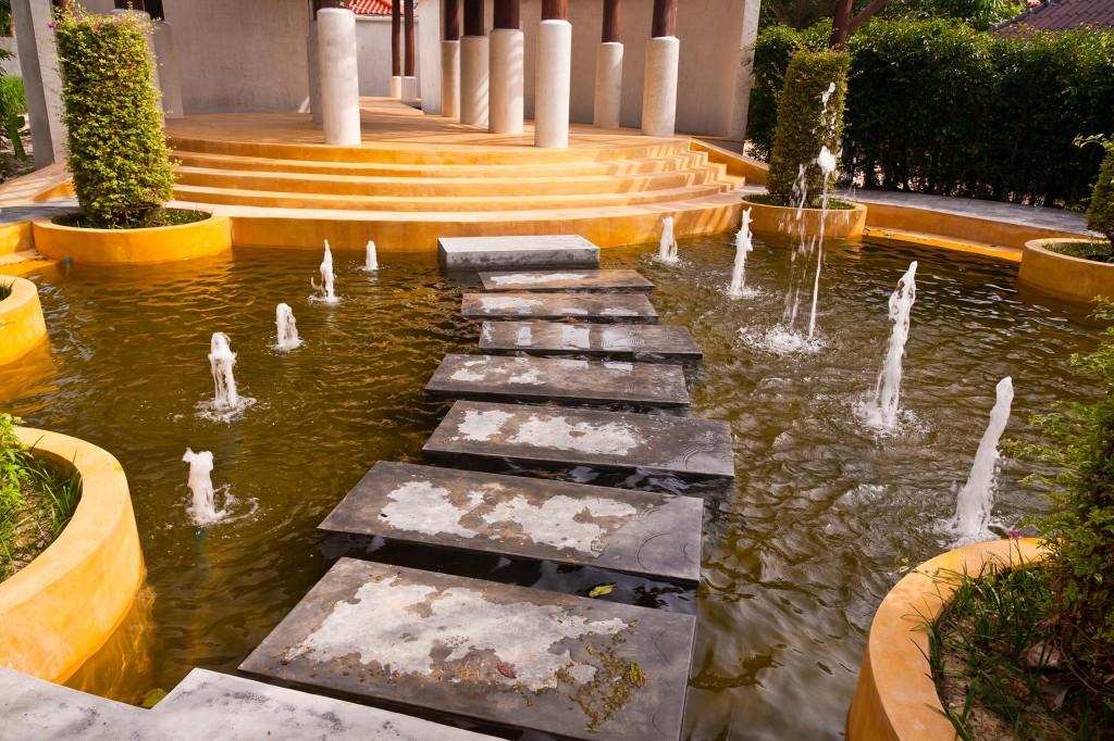 Fountain D